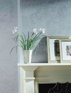 Traditional Living Room close-up – Walls finished with Venetian Plaster