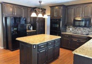 Modern Masters - MasterClear Supreme - Kitchen Cabinets